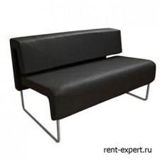 Черный диван из искусственной кожи